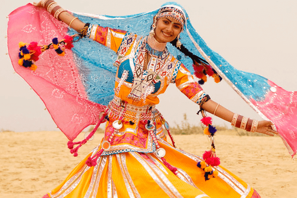 Kalbelai Dancing - The best luxury tours to Rajasthan from the UK
