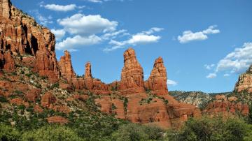 Sedona Arizona travel to see Qulting show in Phoenix Arizona in February 2022